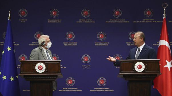 هشدار وزیر امور خارجه ترکیه به اتحادیه اروپا در حضور جوزپ بورل