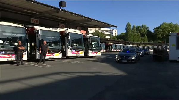 French Transport Minister Jean-Baptiste Djebbari visited distressed bus drivers in Bayonne on Tuesday.