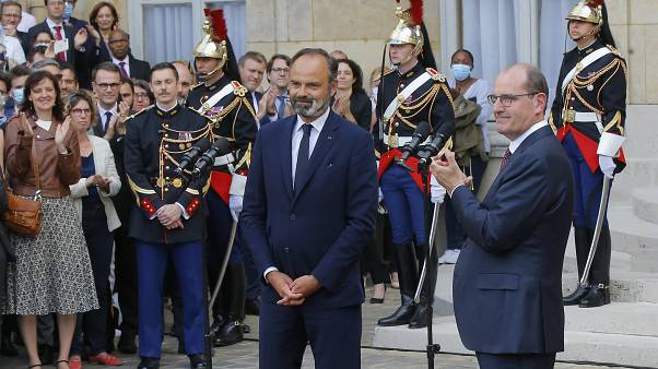 Francia, ecco il  nuovo governo. Chi resta e chi parte