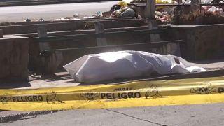 Cadáveres abandonados en las calles de Cochabamba, en Bolivia