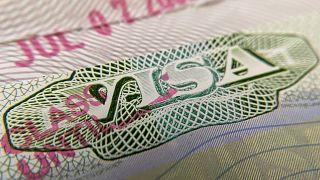 ABD Covid-19 sonrası online eğitem geçen okullar için yabancı öğrencilere vize vermeyecek