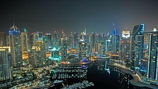 بعد أشهر من الإغلاق بسبب فيروس كورونا.. دبي تفتح أبوابها مجددا للسياح