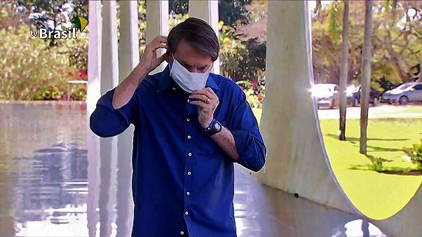 Βραζιλία: Ατρόμητος ο Μπολσονάρο - Βγάζει την μάσκα του και παίρνει υδροξυχλωροκίνη
