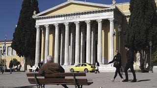 Ελλάδα - ΥΠΟΙΚ: Κούρεμα φορολογικών προστίμων - προσαυξήσεων αλλά και κίνητρα σε αγρότες