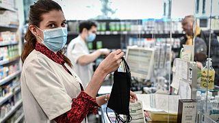 سازمان ملل نسبت به استفاده از ماسک و موادضدعفونی کننده قاچاق هشدار داد