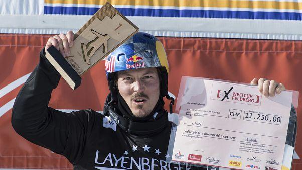 L'Australien Alex Pullin lors de la Coupe du monde de snowboard cross à Feldberg, en Allemagne, le 12 février 2017