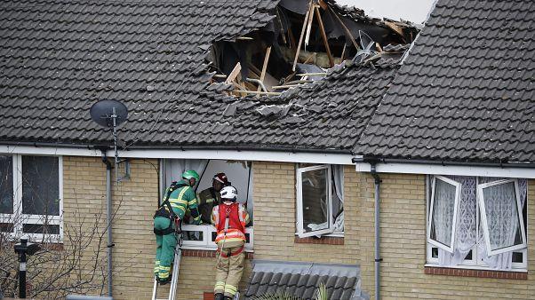 1 dead in London crane collapse