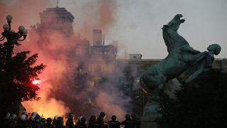 Συγκρούσεις στο κέντρο του Βελιγραδίου