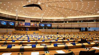 Avrupa Parlamentosu'nda Türkiye'ye sert eleştiriler yöneltildi
