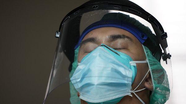 Koronavirüs salgınında ikinci dalgaya yakalanan ülkeler hangileri?