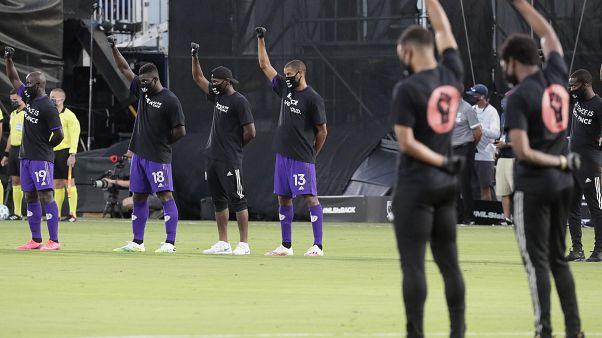 MLS protesta contra violência policial e racismo nos EUA