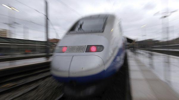 La alta velocidad a bajo coste llega a España con los trenes franceses Ouigo