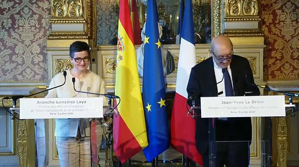 Les ministres espagnole et français des Affaires étrangères Arancha González Laya et Jean-Yves Le Drian le 9 juillet 2020
