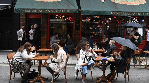 Ресторан в Лондоне.