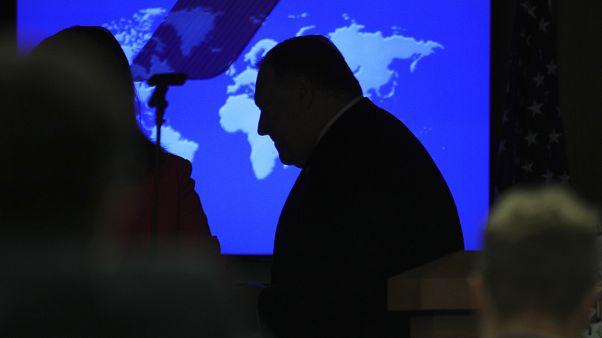 وزير الخارجية مايك بومبيو خلال مؤتمر صحفي بوزارة الخارجية في واشنطن، الأربعاء 8 يوليو 2020.