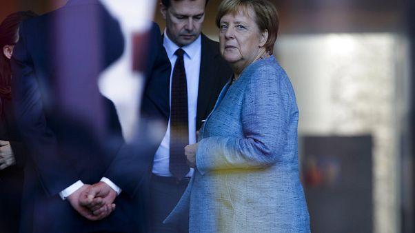 Seibert und Merkel warten in Berlin auf Ägyptens Präsidenten  (ARCHIV)