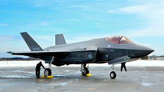 Japonya, ABD'den 105 adet F-35 savaş uçağı satın aldı