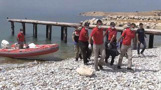 Van Gölü'nden 3 ceset daha çıkarıldı