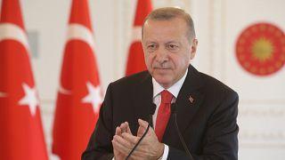 Cumhurbaşkanı Erdoğan Ayasofya'nın ibadete açılması kararını imzaladı