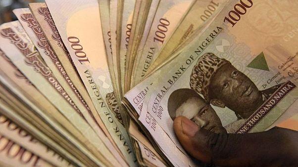 Nijerya'da yolsuzlukla mücadelenin başındaki isim, 'yolsuzluk suçlamasıyla' görevden alındı