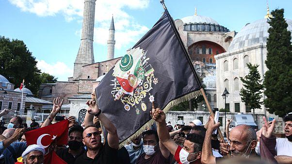Yunanistan'dan Ayasofya kararına tepki: Bütün uygar dünyaya karşı bir provokasyon