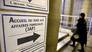 محكمة الأسرة في باريس