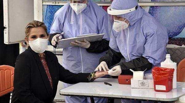 И.о. президента Боливии заразилась коронавирусом