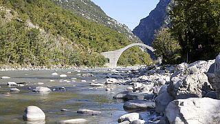 Κυρ. Μητσοτάκης: Θαύμα πολιτιστικής κληρονομιάς το γεφύρι της Πλάκας