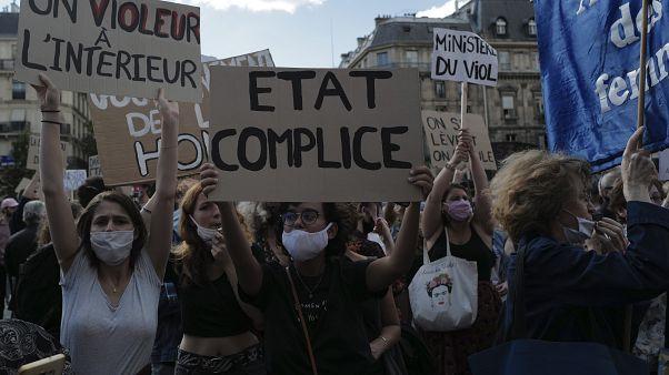 احتجاجات ضدّ وزير الداخلية الفرنسي الجديد المتّهم بالاغتصاب