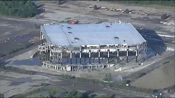ویدیویی از تخریب «پالاس اوبرن هیلز»، ورزشگاه خاطره انگیز مسابقات «ان بی ای»