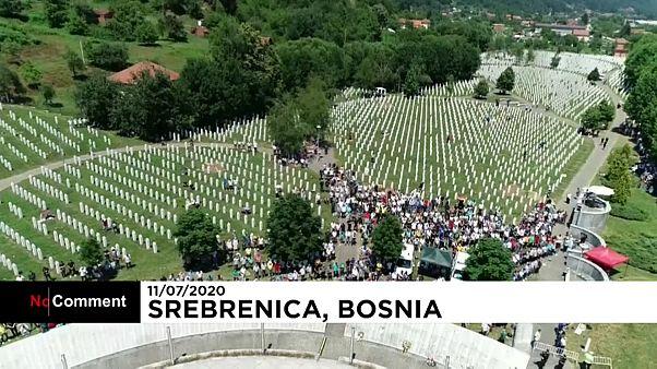 Homenaje a las víctimas del genocidio de Srebrenica