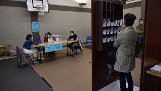Wahllokal in Durango im Baskenland