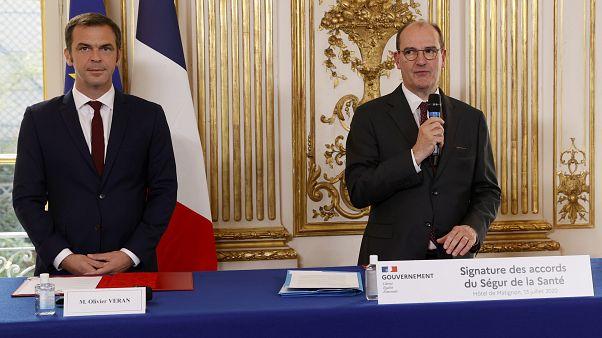 Le Premier ministre français et le ministre de la Santé, lundi 13 juillet.