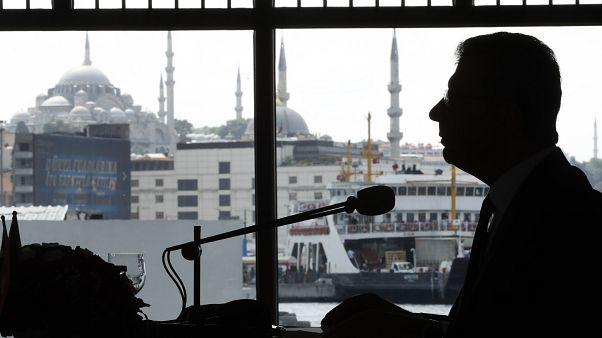 Ο δήμαρχος της Κωνσταντινούπολης 'αδειάζει' τον Ερντογάν για το θέμα της Αγίας Σοφίας