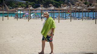 Tourist am Magaluf Strand von Calvia