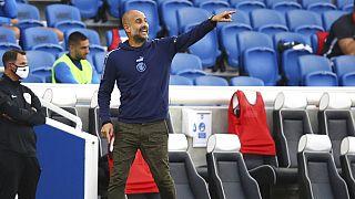 Guardiola en acción el pasado sábado contra el Brighton