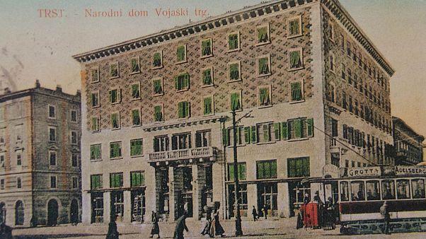 Una foto del Narodni Dom nel 1910, 10 anni prima del rogo. Nel 1927 è stato espropriato alla comunità slovena, oggi è sede della Scuola per Interpreti e Traduttori