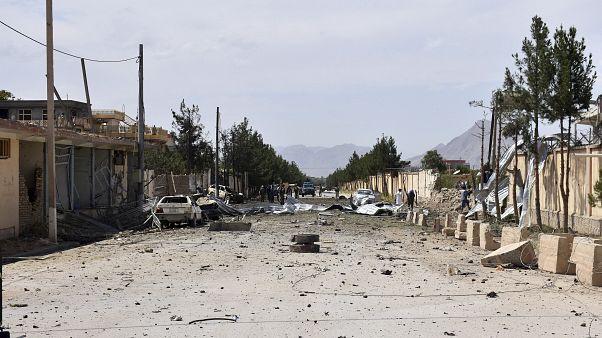 المرصد: مقتل سبعة وإصابة ما لا يقل عن 60 شخصاً بتفجير في شمال سوريا
