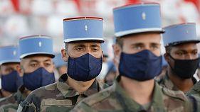 Soldats du Deuxième régiment de Dragons lors de répétitions du défilé 14 juillet sur la place de la Concorde à Paris, le 12 juillet