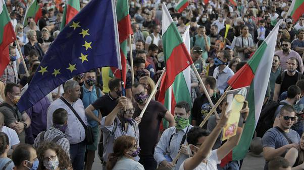 Anti-government protesters try to break into Bulgaria's parliament