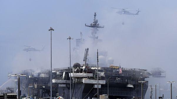 Vorsicht Treibstoff! USS Bonhomme Richard brennt weiter