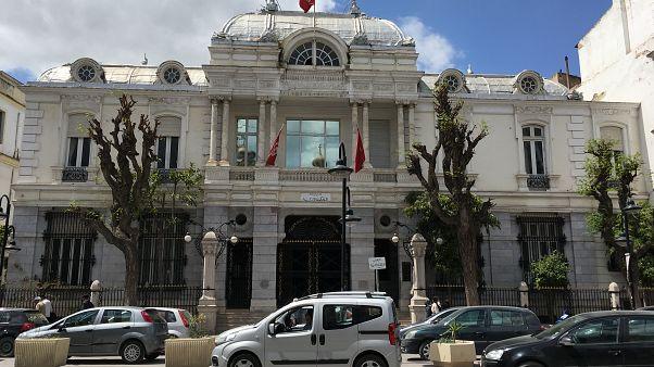 القضاء التونسي يحكم بالسجن 6 أشهر على مدوِّنة بتهمة الإساءة للإسلام
