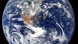 24 كوكبا أفضل للحياة من الأرض