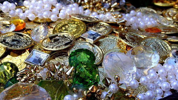 ABD'de bir kuyumcudan 1 milyon dolarlık mücevheri gömerek 'define avı'