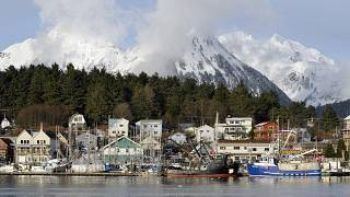 Статую правителя русских владений на Аляске уберут из центра Ситки