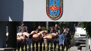 16 Temmuz 2016'da gözaltına alınan askerler