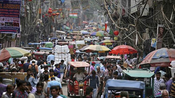 India's population would peak to more than 1.6 billion people by 2050 before declining according to new study