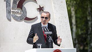 Cumhurbaşkanı Erdoğan konuşmasını TBMM 15 Temmuz Anıtı önünde yaptı
