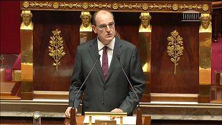 Премьер-министр Франции выступает с программной речью