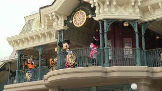 Parque Disneyland Paris reabre ao público
